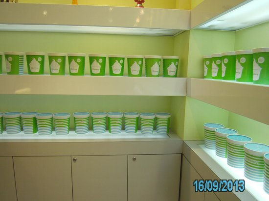 Pinkberry: To go cups.
