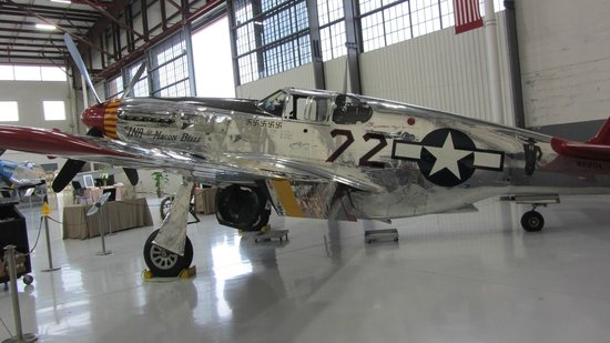 Fantasy of Flight: Tuskeegee Airmen P-51