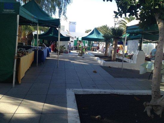 Pueblo Marinero : Small Farmers Market