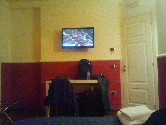 Napoliday Bed & Breakfast - Residence: Camera n°7 secondo piano