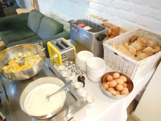 Walwyck Hotel Brugge: 朝食(バイキング形式)