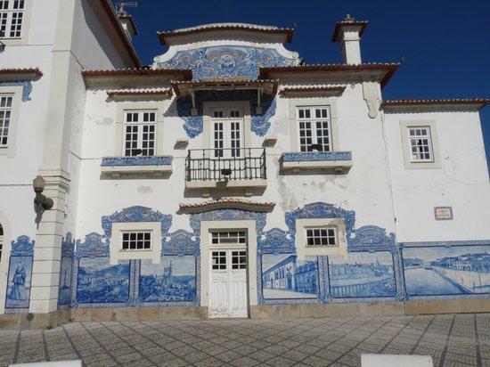 Aveiro Railway Station: Détail partie droite de la Gare