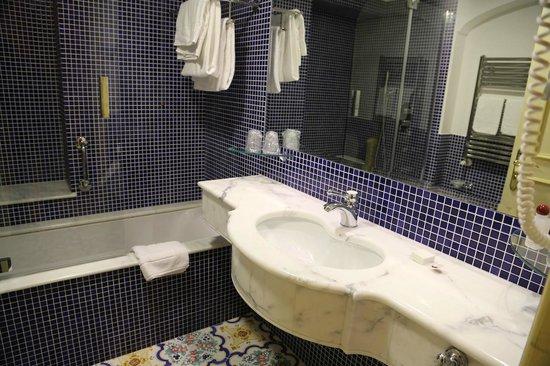 Antiche Mura Hotel: Hotel Antiche Mura - Bathroom