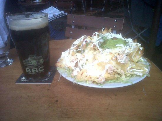 Bogota Beer Company: Nachos & Porter