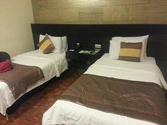 Puteri Gunung Hotel: Twin Bed