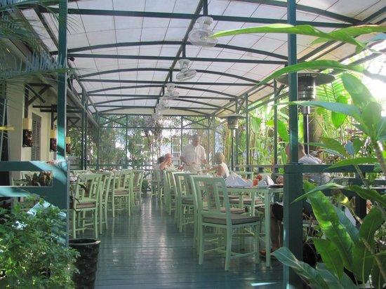 Villa Maly : Desayuno