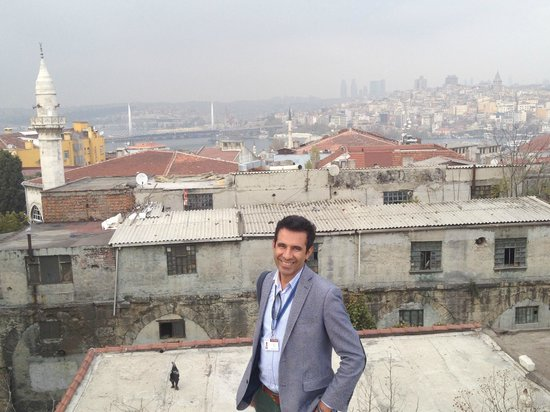 Istanbul Custom Tours-Private Day Tours : Aykut overlooking Istanbul