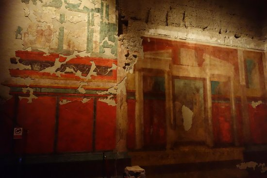 House of Augustus : interior painting