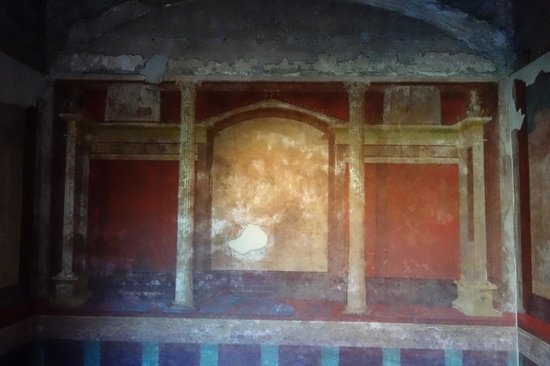 House of Augustus : painted room