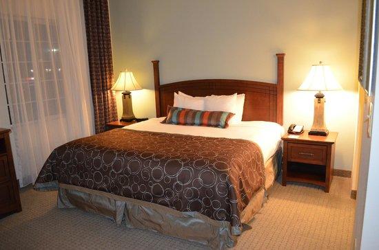 Staybridge Suites Columbus Ft. Benning: Studio King Suite