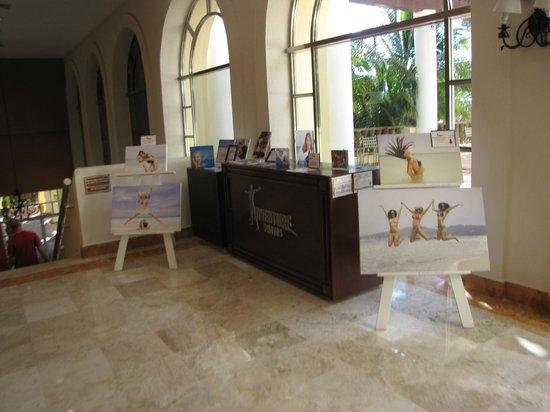 GR Solaris Cancun : photo center