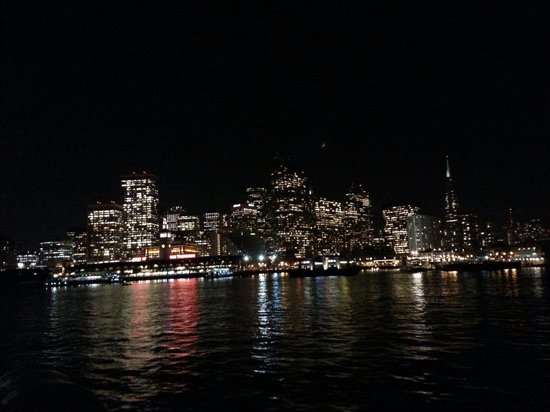 Golden Gate Ferry: San Francisco at night (view from the ferry)