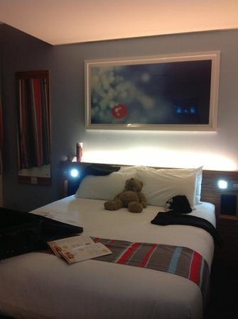 Travelodge Liverpool Central Exchange Street Hotel: room was really nice.