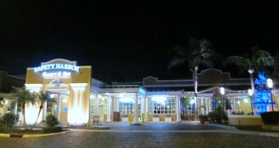 Safety Harbor Resort and Spa: Front Entrance