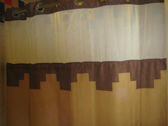 Porte fermant la salle de bain picture of disney 39 s coronado springs res - Hublot porte salle de bain ...