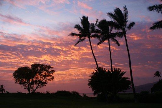 لوانا كاي ريزورت: Sunset from our patio
