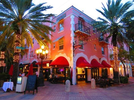 Washington Ave Miami Beach