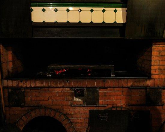 Trattoria Bondi : The wood burning oven
