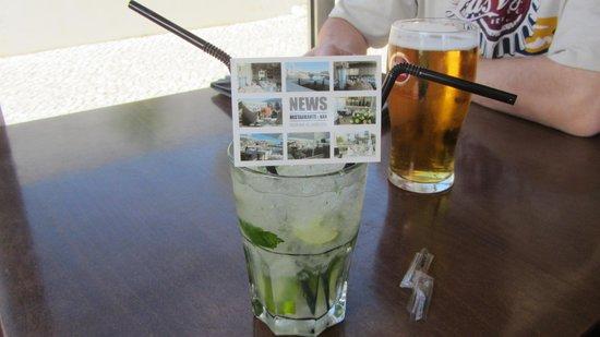 News Cafe: drinkies