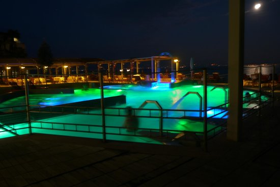 Grand Hotel Terme: ホテルの温泉プールです