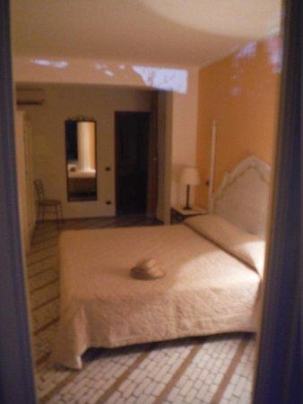 Hotel Villa Enrica - Country Resort: Lovely bedroom
