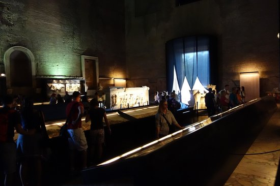 Curia Julia: interior exhibit