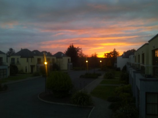 Waterford Castle Hotel & Golf Resort: Sunset from the balcony