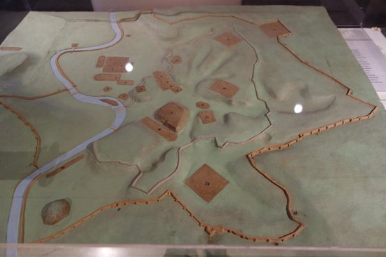 Museo delle Mura: model of Aurelian Walls