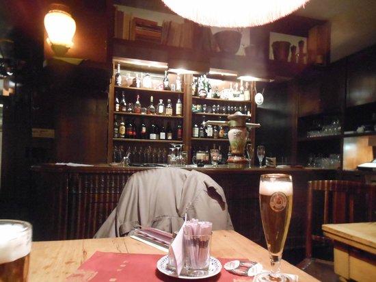 Keller-Restaurant Im Brecht-JHaus-Berlin : bar