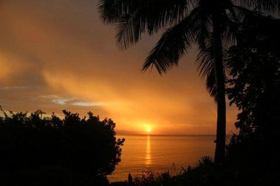 Zanzi Resort: Sunset from our patio!