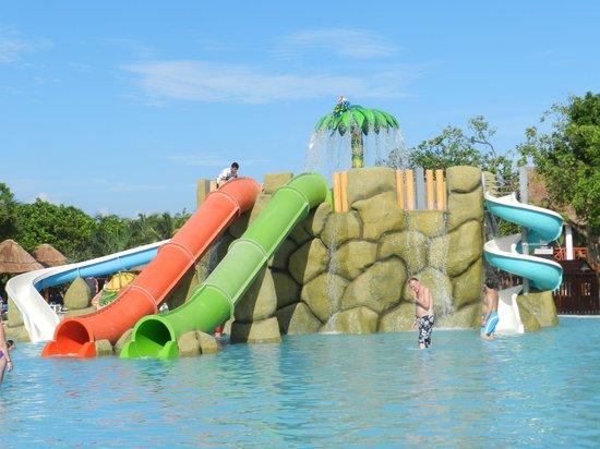 Grand Palladium White Sand Resort & Spa: piscina infantil