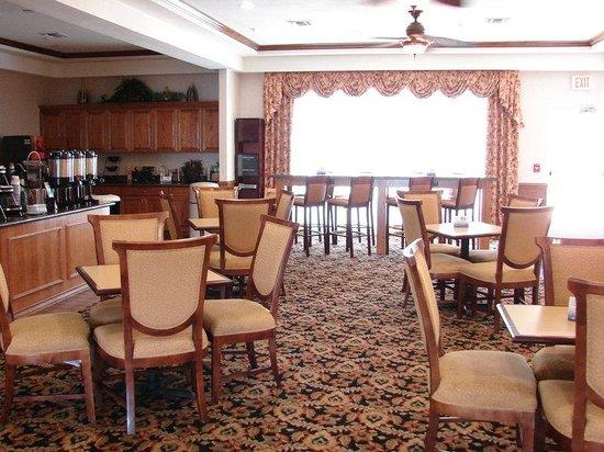 BEST WESTERN PLUS Northshore Inn: Breakfast Area