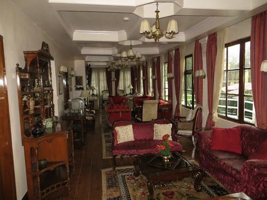 The Elgin, Darjeeling: Afternoon tea available in the lounge