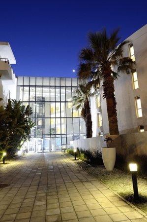 Sunstays Lagoon Beach Apartments: Entrance