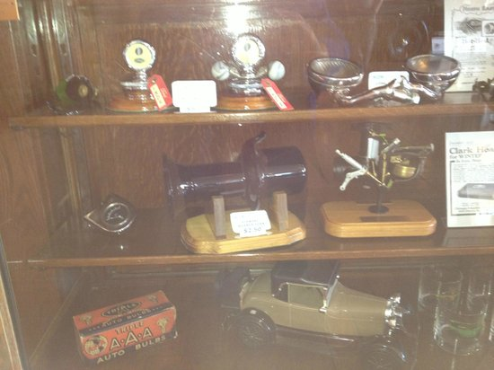 Gilmore Car Museum: Car Parts Display