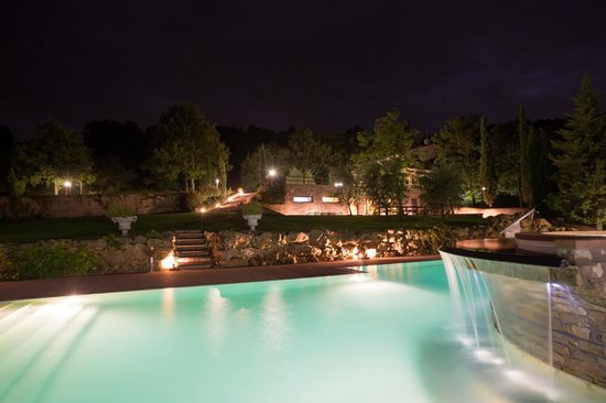 Le Polle di Meletro: Pool by night