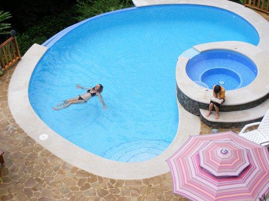 Villa Kristina Apartments: Villa Kristina pool