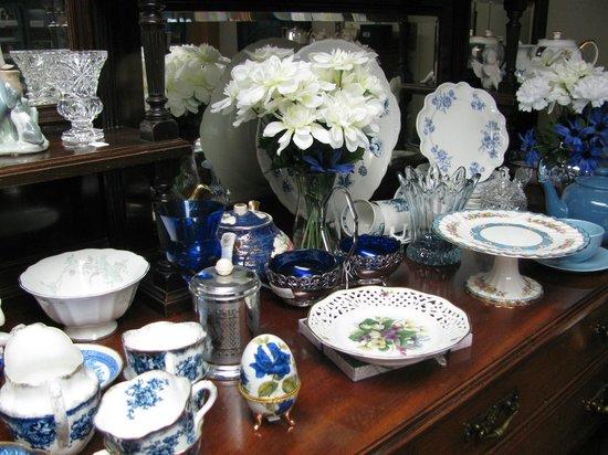 Brandon Music: Fine English and vintage china