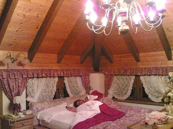 Tevini - Dolomites Charming Hotel: Torre