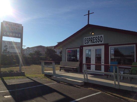 Coastal Grounds Coffeehouse: Coastal Grounds