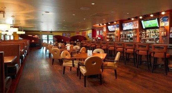 DoubleTree by Hilton Hotel Dallas - Love Field : Bar/Lounge