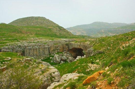 Kfardebian, Líbano: Jisr Al Hajar: amazing scenery