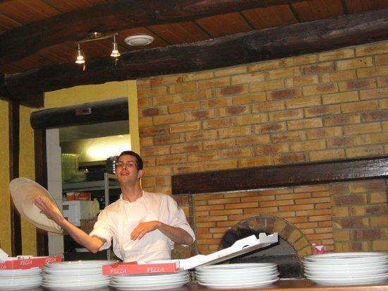L'Amaryllis: de zoon van de eigenaar maakt dagelijks overheerlijke pizza's