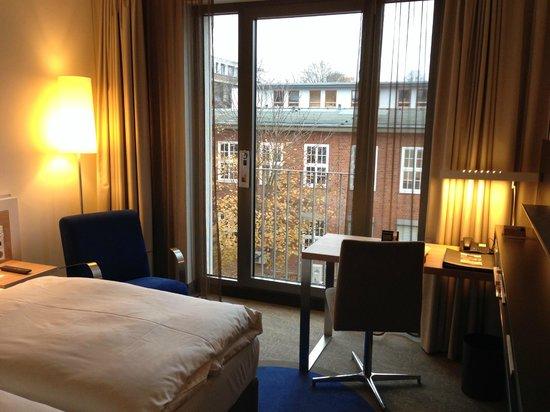 Dorint Hotel Hamburg-Eppendorf: Fensterblick