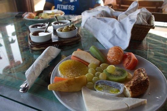 Hotel Bella: Complimentary breakfast