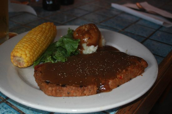 RC Otter's Island Eats : Homemade meatloaf, hubby loved it.