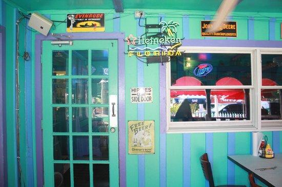 RC Otter's Island Eats : Hippies use side door. :)