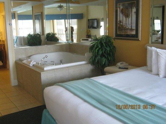 Westgate Lakes Resort & Spa: Dormitorio con hidromasaje
