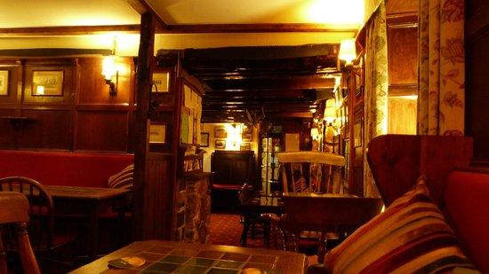 Pheasant Inn Restaurant: Bar area