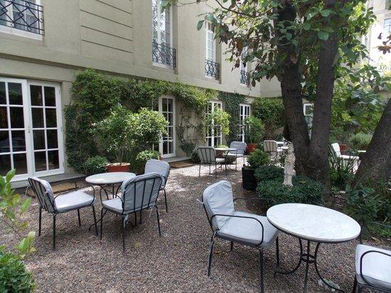 Le Rêve Boutique Hotel: Jardim